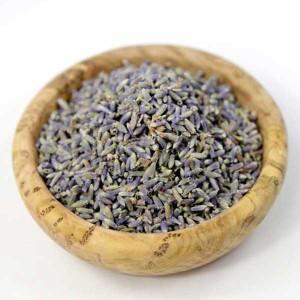 Lavendelblüten für den Tee