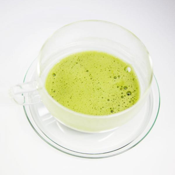 Matcha Tee im Glas